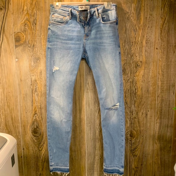ZARA Light Blue Skinny Jeans